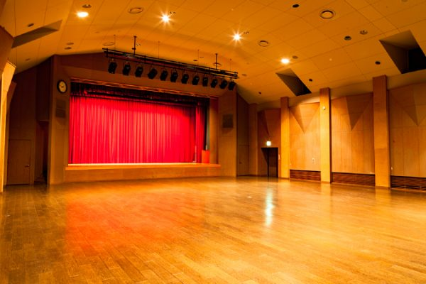 郷ホール、講師控室