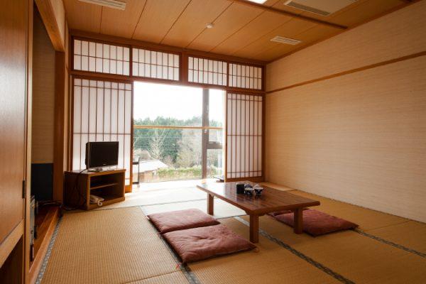 宿泊棟/和室(10畳)